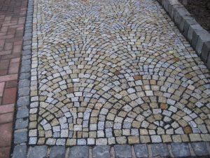 granit_mosaikpflaster_gelb_1