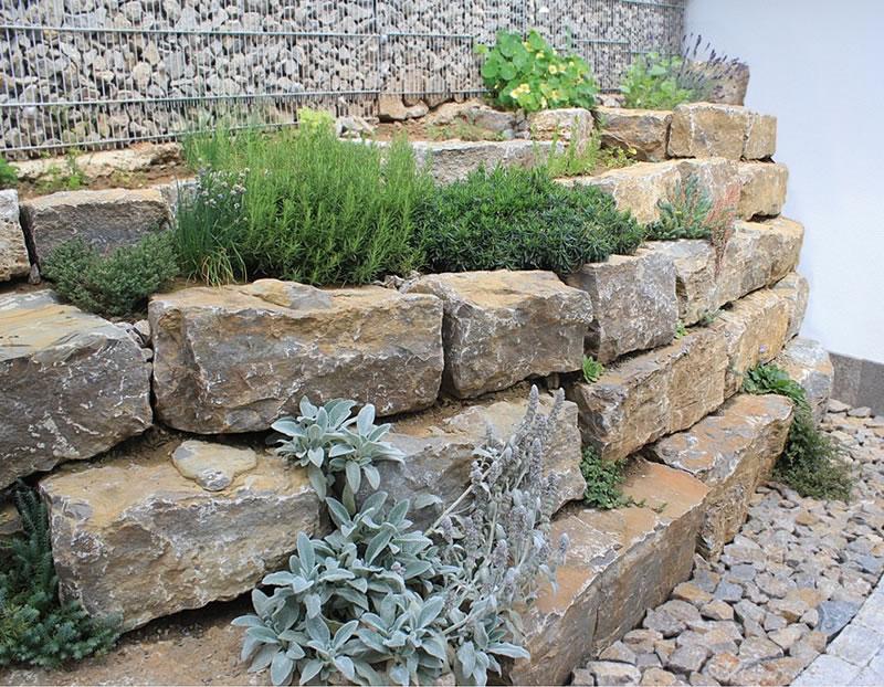 Muschelkalk Pflaster, Mauern, Platten und Treppen, neu